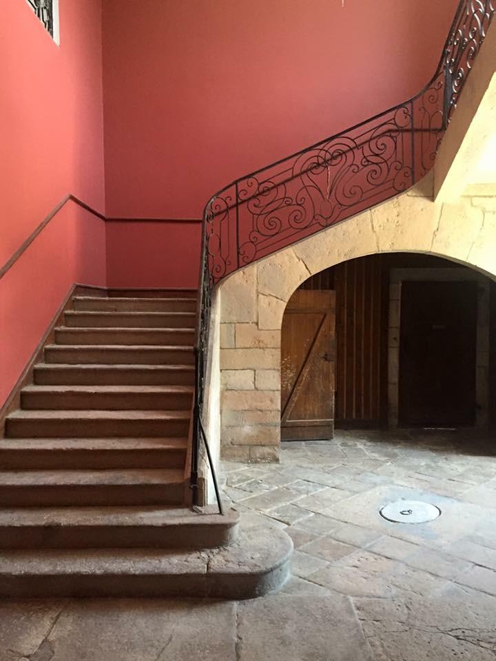 Escalier de l'hotel Chez Gervais Chenecey